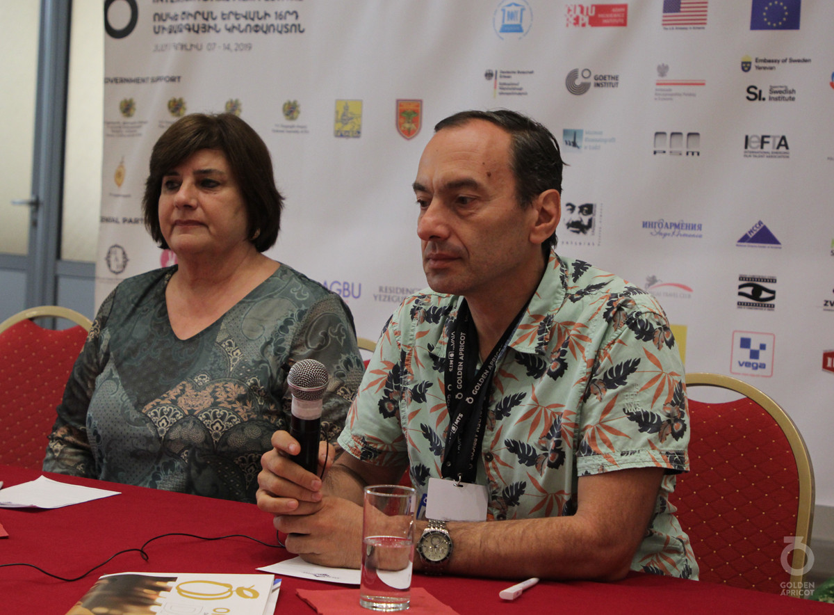 Press Conference The Stateless Diplomat